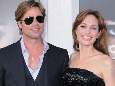 Brad Pitt nue sa bite en photo - Stars Mecs Nus